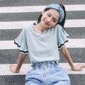 Algodón mujeres de la camiseta 2016 del verano japonés estilo coreano de muy buen gusto del remiendo del cordón lindo top rosa azul blusas de manga flare t120