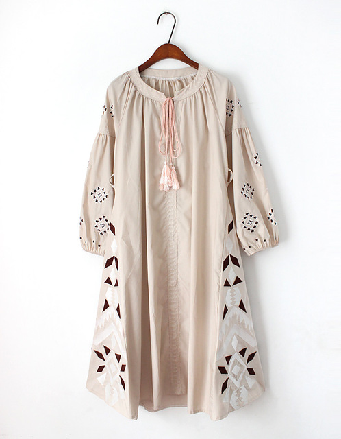 Vintage Ethnic Retro Hippie Boho Folk Style Embroidery Floral Tunique Long Tassel Cotton Linen High Quality Women Spring Dress