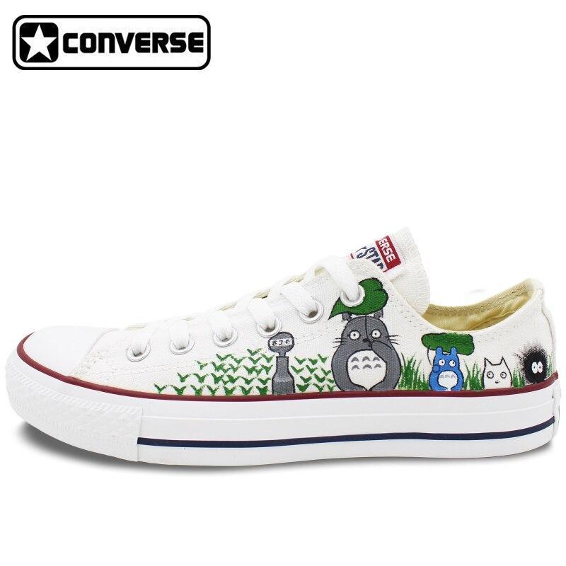 Prix pour Low Top Femmes Hommes Converse All Star Mon Voisin Totoro Custom Design Peint À La Main Chaussures Femme Homme Toile Chaussures Garçons filles