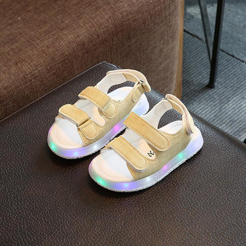 2018 New Fashion Children Sandals with Light up Casual kids glowing shoes boys girls PU Leather LED Sandals size 21-30 for 1-3Y