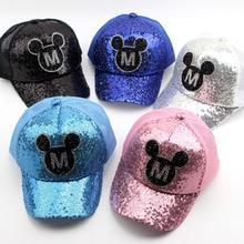 Verano de hilado de la red de los niños Snapback de M Mickey tapa  lentejuelas neto sombreros guay de Hip Hop gorra sombrero niño. 627b1c838a6
