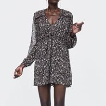 2019 Spring New Shredded Flower Print Dress Black V-Neck A-Line Knee-Length Women