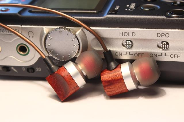 diy ear earphone female voice Huanghua pear Wood earbuds diy se535 earphone