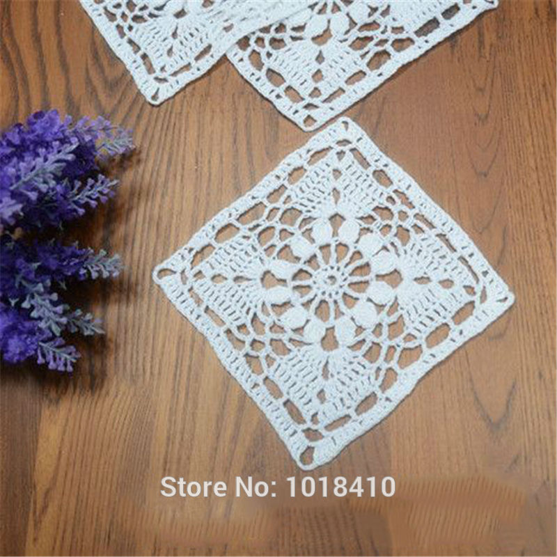 e12877c185e7f 20 قطعة الوحدة 11 سنتيمتر (4.33 ) اليدوية الكروشيه الدانتيل حصيرة الجدول  حصيرة وير زهرية الأوروبية القطن سادة مربع الأبيض
