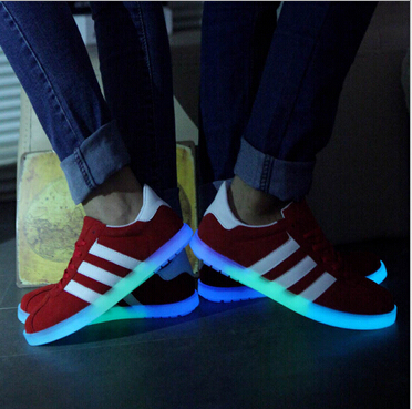 2015 New Couples Plartforms Sneakers Mens Women Canvas Casual Shoes Sports Sapato Glowing Sneakers Luminous Shoes