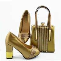 2019 새로운 도착 패션 골드 여성 펌프 신발과 클러치