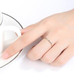 Image 2 - Czcity 100% 14 18kイエローゴールド小柄黒立方ジルコンの結婚指輪シンプルな薄型の円バンドリング罰金ジュエリービジュー