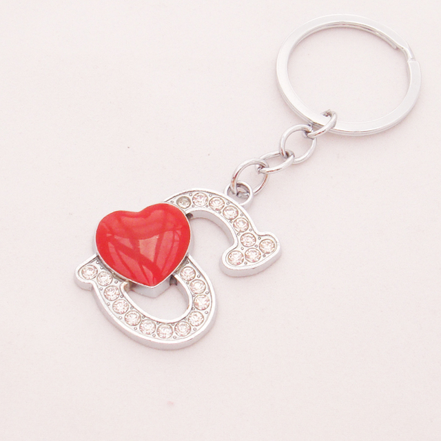 Free Shipping Chaves Bolota Fashion Heart Keyring Letter S Cute Rhinestone Souvenirs Whole Creative Metal Alphabet Bijoux