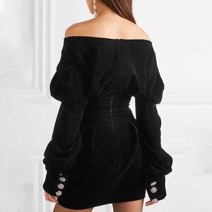 Image 3 - TWOTWINSTYLE robe de soirée en velours, asymétrique, épaules dénudées, manches longues, Mini robes noires, grandes tailles, Sexy, mode automne 2020