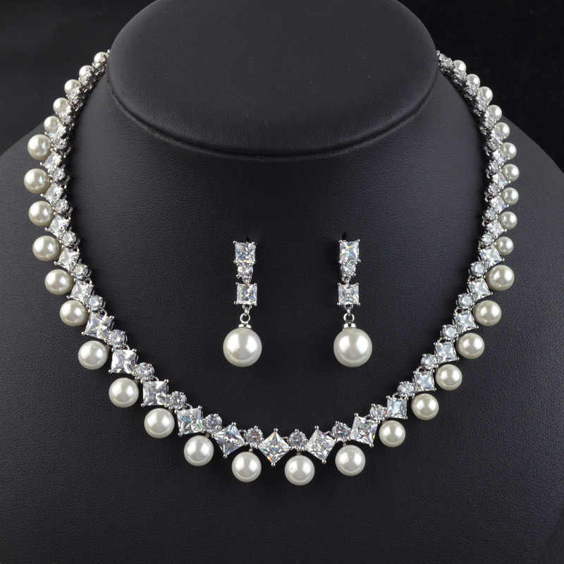 New design luxury simulated pearl bridal jewelry set for bride/bridesmaid,high quality AAA Cubic Zirconia necklace earring set