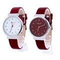 Los amantes clásicos de Hombres Mujeres relojes Número Romano de Cuarzo Reloj de Pulsera de Cuero Venta Caliente CLAUDIA Nueva Llegada Reloj Mujer horloge mannen