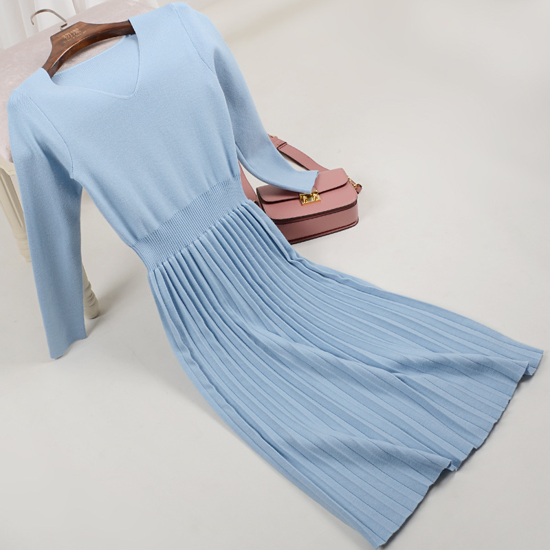 New 2018 Autumn/winter Knitting Pleated Dress Long Sleeved V-neck Accept Waist Pleated Dress Knitting Sweater Knit Dress Lady