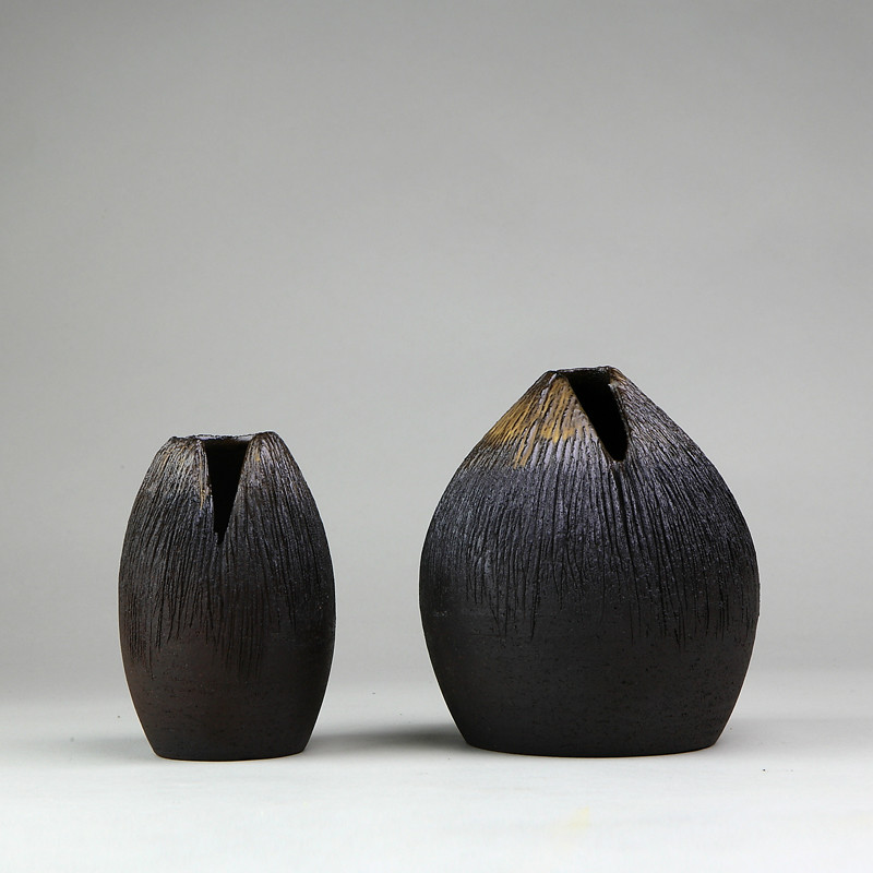 New Creative Coarse Pottery Vase Retro Ceramic Handmade Tea Table Flower Pot Hydroponics Creative Living Room Decoration.