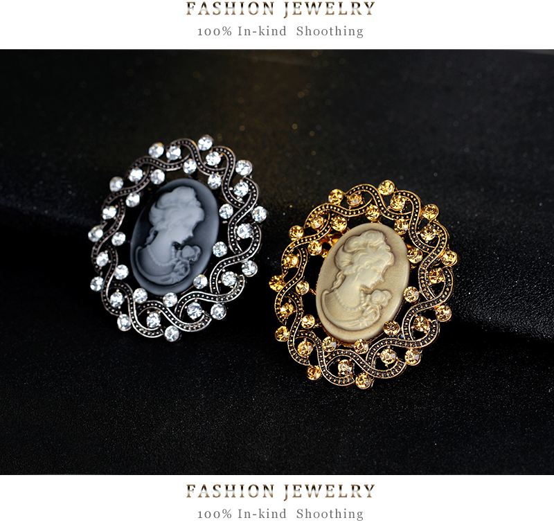 Fashion Antique Gold Color Vintage Brooch Pins Female Jewelry Queen Cameo  Brooches Rhinestone For Women Christmas Gift-in Brooches from Jewelry ... 9b8bf739d40d
