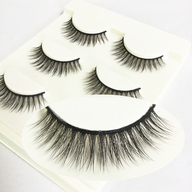 Lashes nude