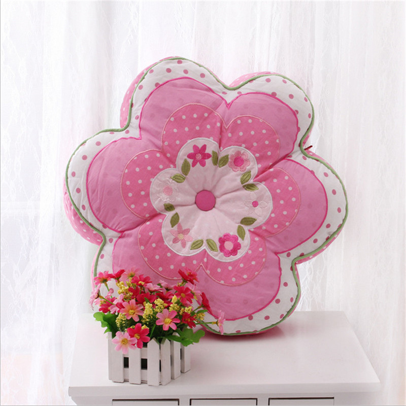 Loverly Flower Shape Cotton Quilt Cushion Embroidered Car Home Sofa With Core Waist Girls Bedroom Decor