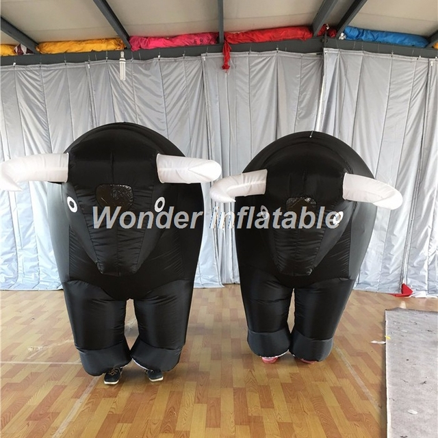 Customized 3pcs/1pack Spain style adult moveable inflatable bull costume for bullflighting