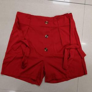 Image 5 - ZADORIN קוריאני סגנון נשים קיץ מכנסיים קצרים בתוספת גודל גבוה מותניים מכנסיים קצרים עם חגורה קצר Femme גבירותיי מקרית שחור לבן אדום מכנסיים קצרים