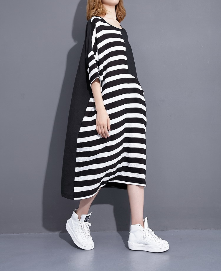 Sale 2017 New Summer Pocket Round Neck Half Sleeve Black White Striped Big Size Dress Women Fashion Tide