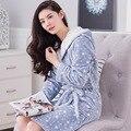 2016 Otoño Invierno Albornoces de Las Mujeres de la Señora Encapuchada de Manga Larga Bata de Franela Mujer ropa de Dormir Camisón de Los Pijamas de Salones