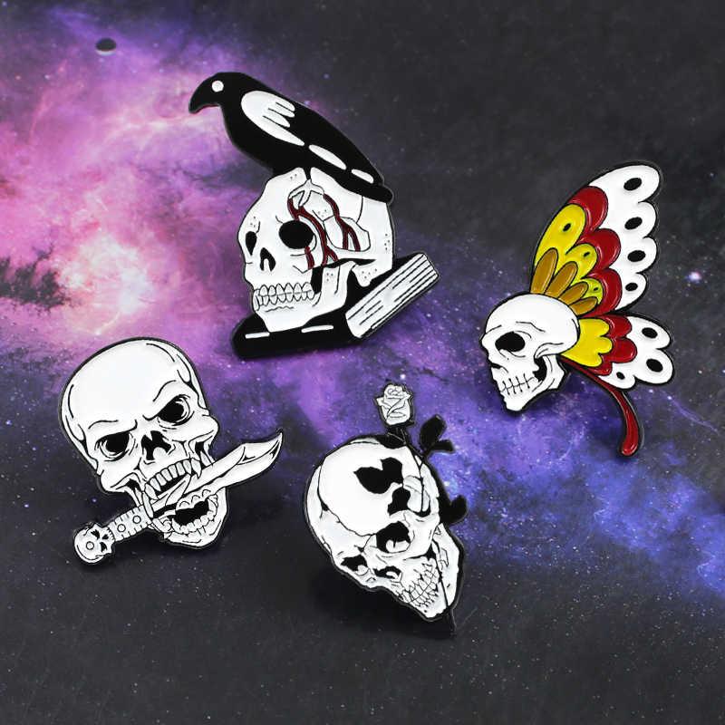 Crânio branco preto crânio esqueleto broche borboleta. rosa. faca. corvo livro crânio amor e morte pinos crânio lapela emblemas crânio jóias