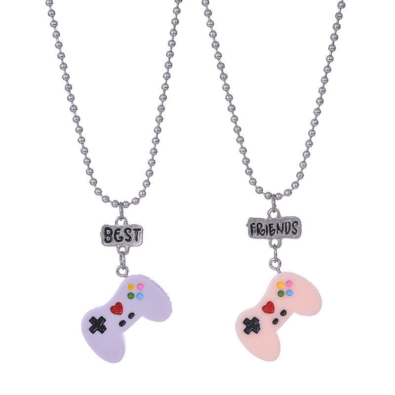 Cute Games Console Simulation BFF 2 Pendant Necklace Resin Best friends Friendship Jewelry Fashion Souvenir Gifts For Kids 2018