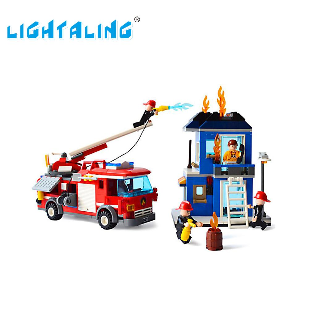 Lightaling Building Block Fire Truck Fire Rescue Construction Kids Toys Fireman Figures Educational Gift 9215 hot city fire rescue ladder engine truck building block fireman figures bricks educational toys for children gifts