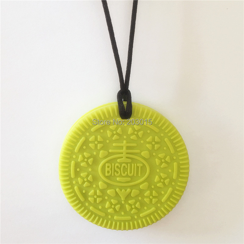Купить с кэшбэком Chenkai 10PCS Silicone Oreo Teether DIY Baby Biscuit Pacifier Dummy Nursing Sensory Cookie Pendant Toy Gift BPA Free