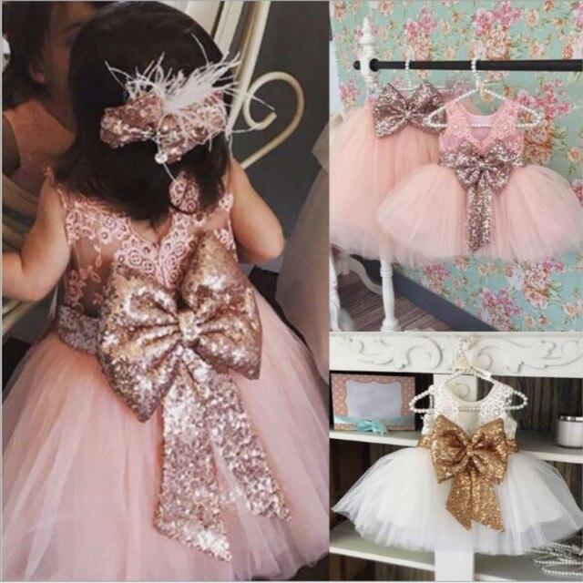 ילדי פרח בנות שמלת פאייטים Bow אבנט תינוק מסיבת יום הולדת טוטו שמלה ללא שרוולים תחרה נסיכת שמלת כדור שמלה