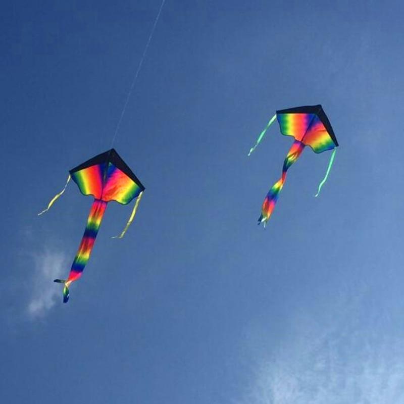 Freies Verschiffen hohe Qualität 2m große Regenbogen Delta Drachen Kinder Drachen mit Griff Linie Drachen fliegen Spielzeug Vogel Drachen Fabrik