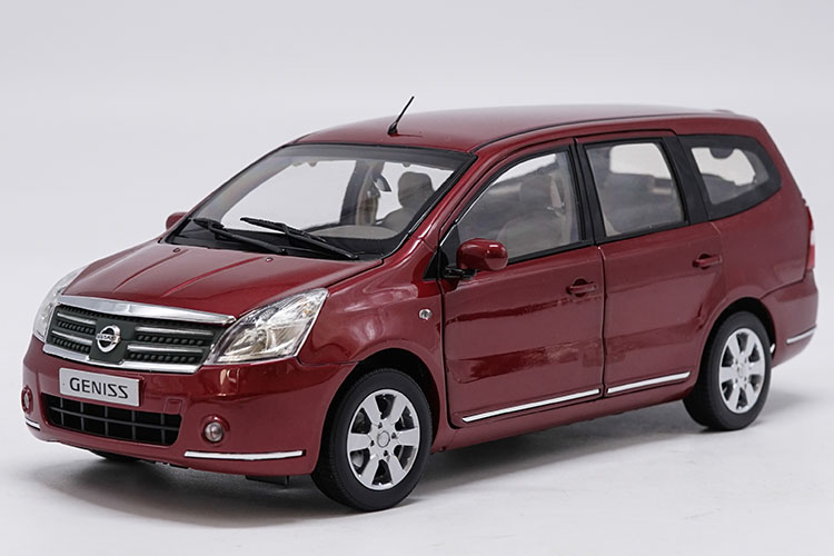 1:18 Diecast Model for Nissan GENISS Livina Red MPV Alloy Toy Car Miniature Collection Gifts 1 18 diecast model for volkswagen vw all new touran l 2016 brown mpv alloy toy car miniature collection gifts