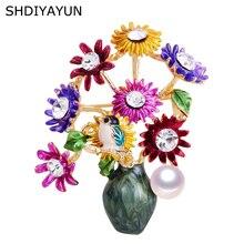 цена на SHDIYAYUN New Pearl Brooch Flower Vase Brooch For Women Creative Enamel Brooch Pins Brooches Natural Freshwater Pearl Jewelry