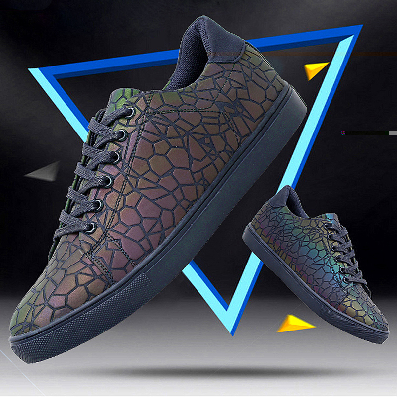 New Casual Shoes Men Couple Luminous Led Shoes Specials Chameleon Colorful Fashion Reflective Jogging Shoes Snake Shoes new wallet бумажник chameleon