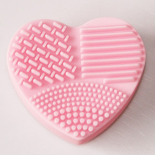 MOONBIFFY heart shape Clean makeup brushes Wash brushes Silica Glove Scrubber Cleaning supplies Cosmetic Tools Makeup Brushes