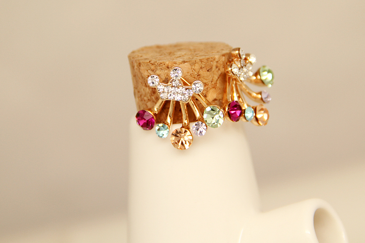 E0108 Fashion Jewelry Shining Red Green Crystal Rhinestone Stud Earrings Gold Color Crown Stud Earrings For Women Exquisite Gift