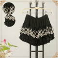 2016 de las mujeres OL de encaje negro de gasa plisada mini falda corta diseño bordado de encaje del todo-fósforo básico falda de la señora