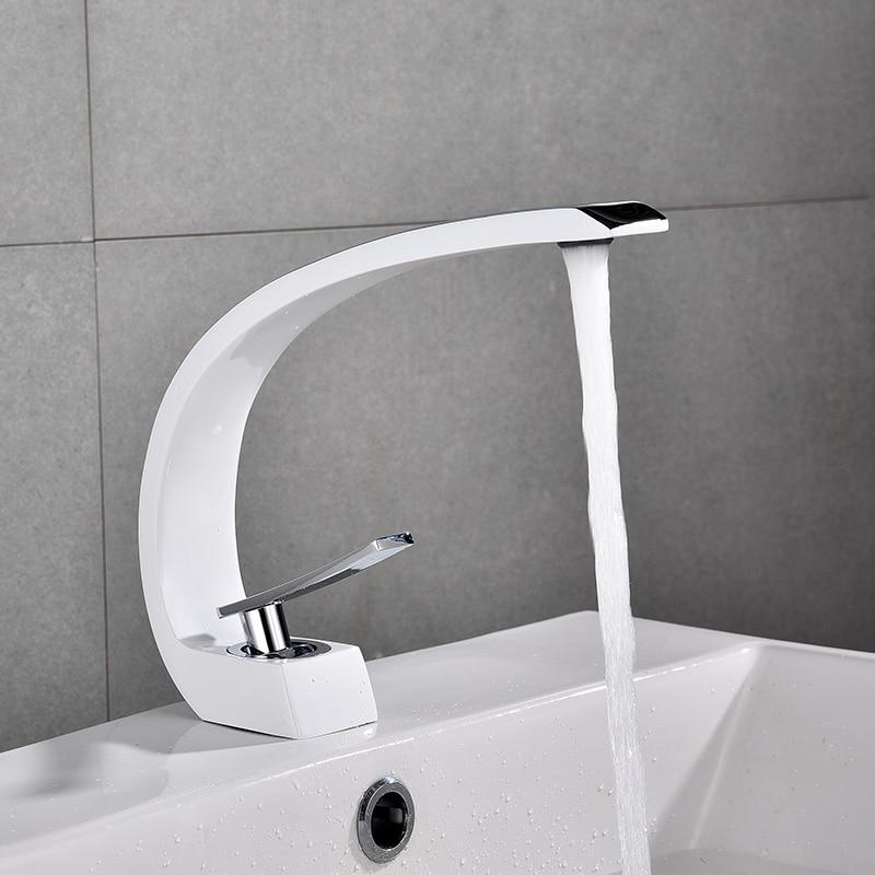 Basin Faucets Modern Bathroom Sink Mixer Tap Brass Washbasin Faucet Single Handle Single Hole Elegant Crane