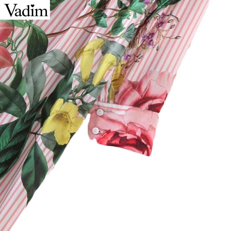 HTB1F5zuRXXXXXXraVXXq6xXFXXXS - Women vintage floral long sleeve turn down collar blouses casual