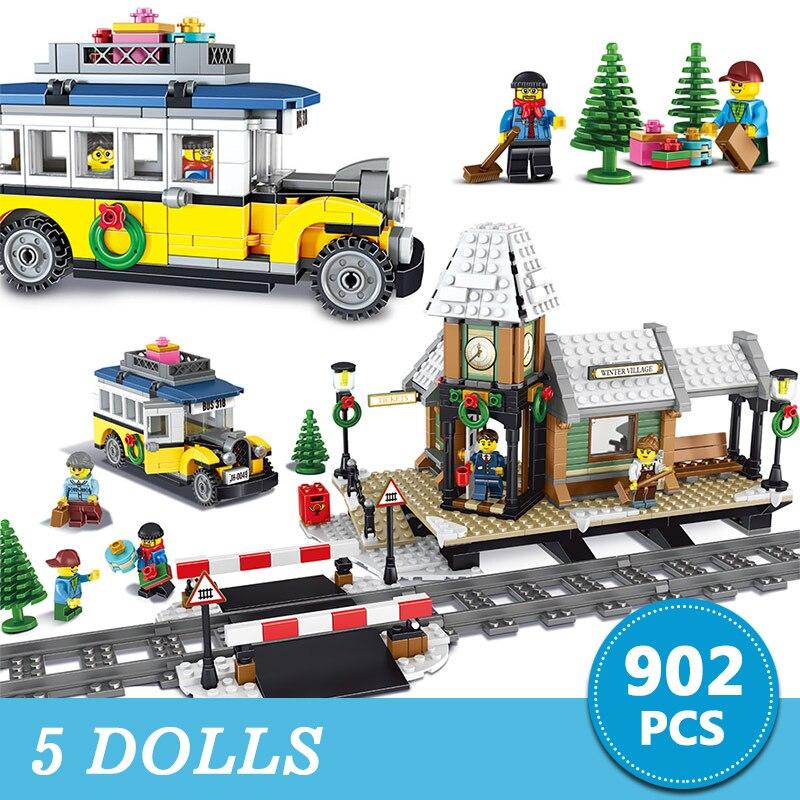 902pcs Snow City Creator Series Building Blocks Winter Village Station Model Technic Bricks Compatible Brands Toys