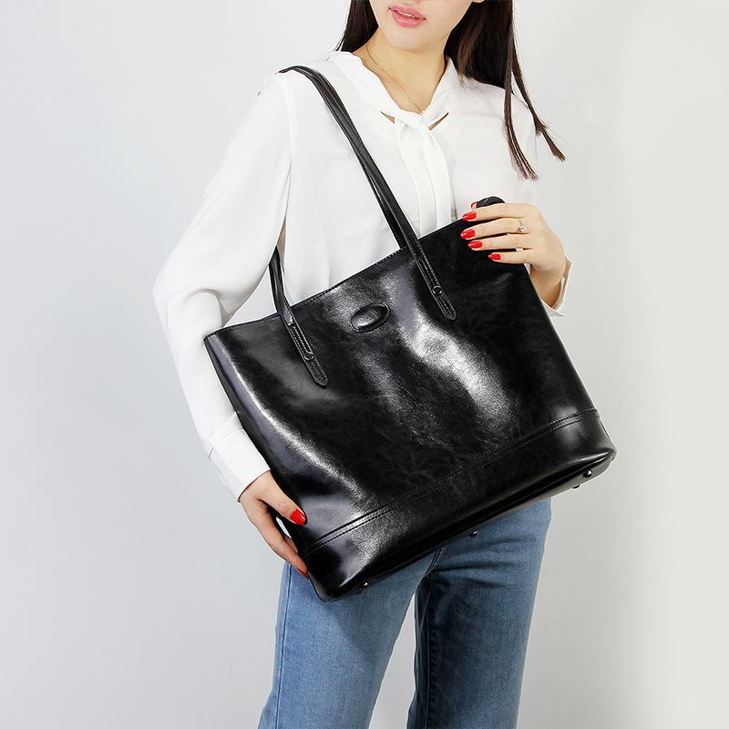 Oil wax Vintage Handbags Genuin Leather Women's Bag Casual Tote Fashion Design Lady Shoulder Bags shopping Big Bag High capacity aetoo the new oil wax cow leather bags real leather bag fashion in europe and america big capacity of the bag