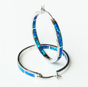 Image 5 - Big blue/white fire opal oorringen voor vrouwen 32mm een diameter van