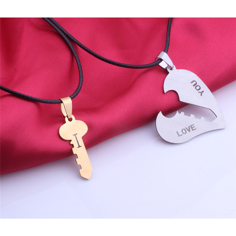 2Pcs/Set Lock Key Matching Heart Stainless Steel Pendant Necklace I Love You Couple Necklaces for Couples