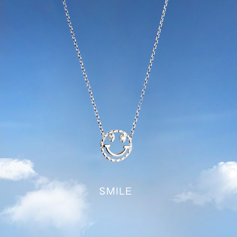 925 Sterling Silver Cute Smile Pendant Necklace Women Emoji Expression Smiling Face Mood Fashionable Clavicle Necklace Jewelry