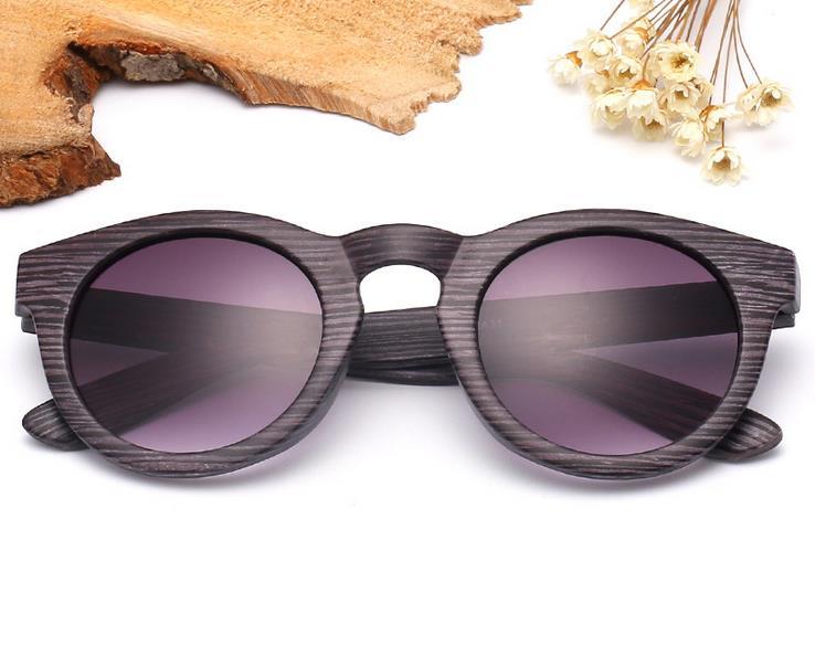 e6883e3f9dba92 Oculos Nieuwe tij herstellen van oude manieren hout zonnebril vrouwen  sunglass toerisme en recreatie zonnebril clown ster hot stijl in Oculos  Nieuwe tij ...