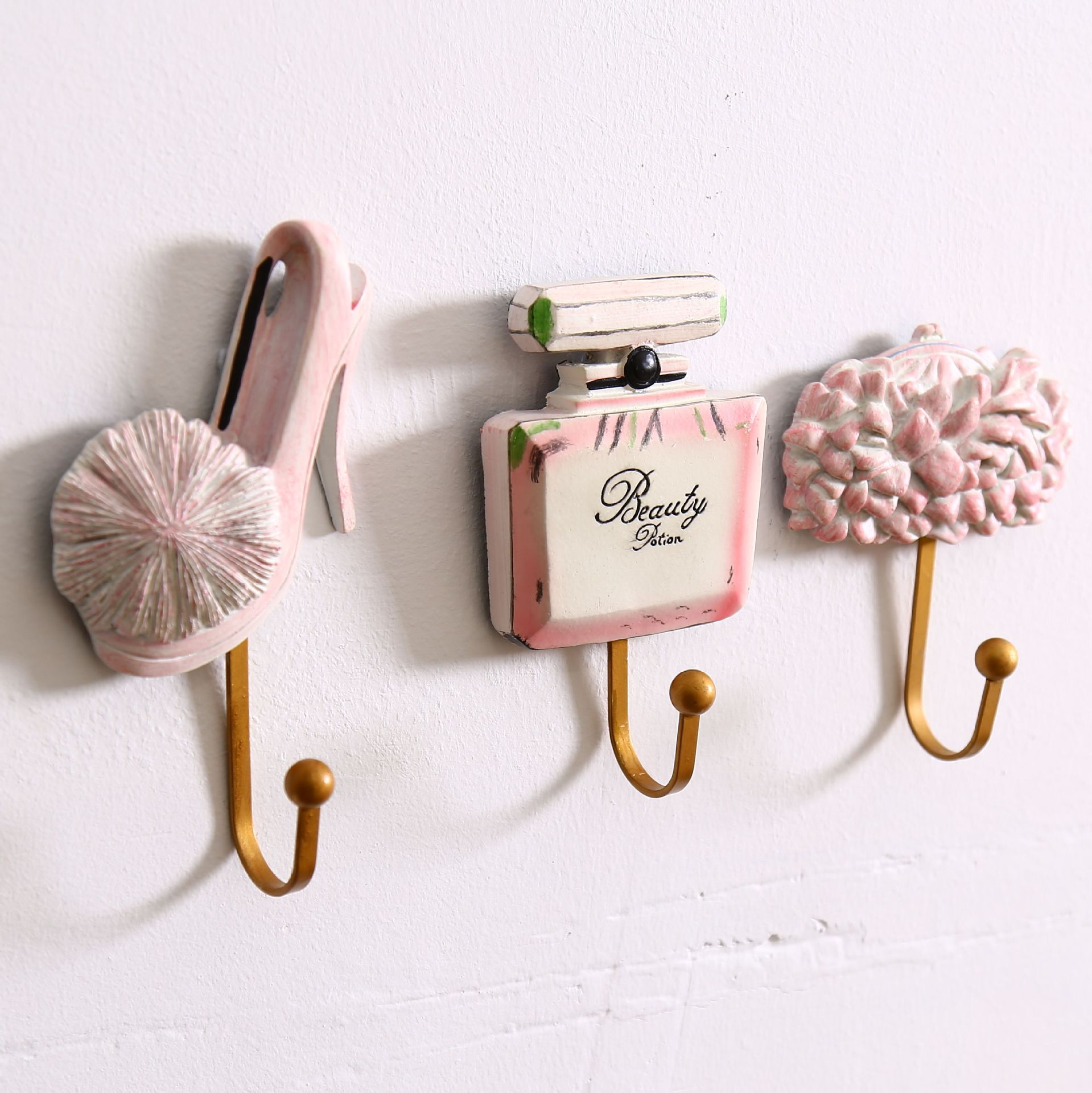Hot Selling Home Decorative Creative Resin Coat Hooks Pink Wall Hook Bag  Room Craft Gift Bathroom