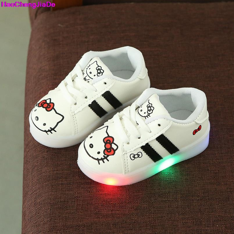 Boys And Girls Fashion Board Shoes Usb Charging Led Shoes Wholesale Drop Shipping Brilliant The New Led Children s Shoes