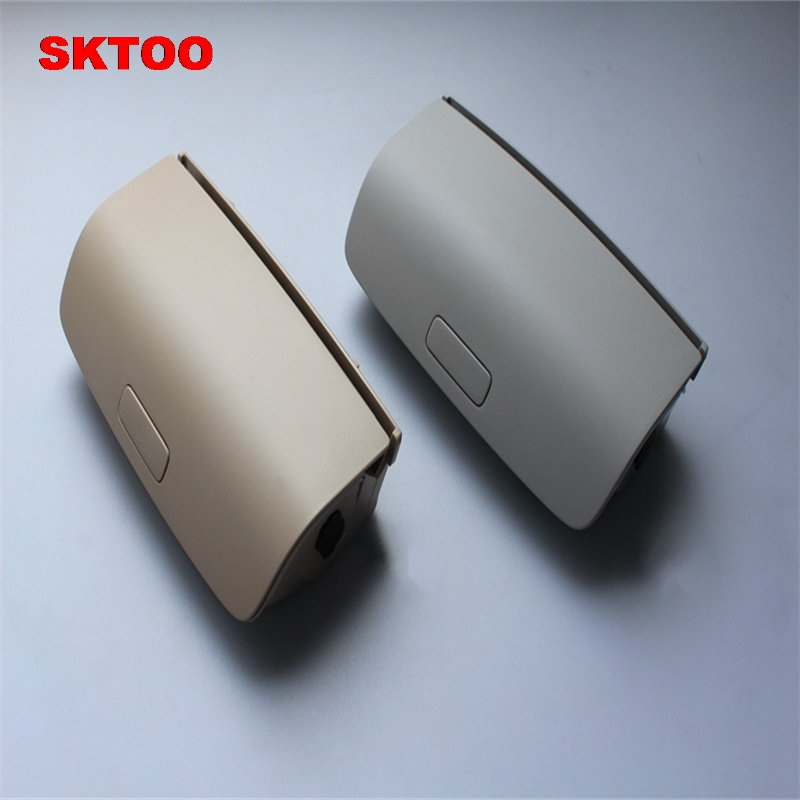 SKTOO Sunglasses Box Sun Glasses Case spectacles holder for VW Tiguan Golf MK5 MK6 Jetta 5 Passat B7 CC Skoda Superb Yeti