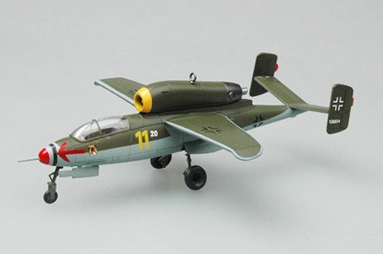 <font><b>Trumpet</b></font> <font><b>1</b></font><font><b>:</b></font><font><b>72</b></font> German He162 fighter 36347 finished product model image
