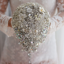Handmade silver brooch bouquet high-end custom wedding bridal bouquets crystal diamond teardrop  Bride 's Bouquet wedding decor