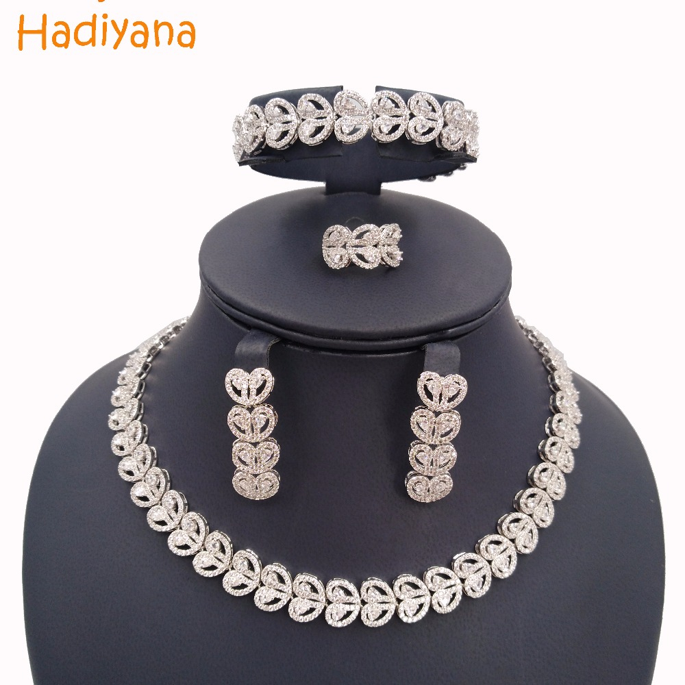 Hadiyana New Fashion Cubic Zircon Crystal 4pcs Bridal Jewellry Round Set For Women Wedding Party Flower Style Jewelry Sets CN519 цены онлайн